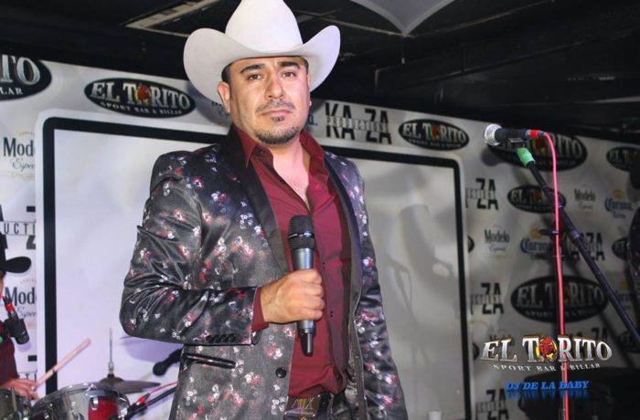 Luis Ruiz y La Embarcion De La Musica Norte